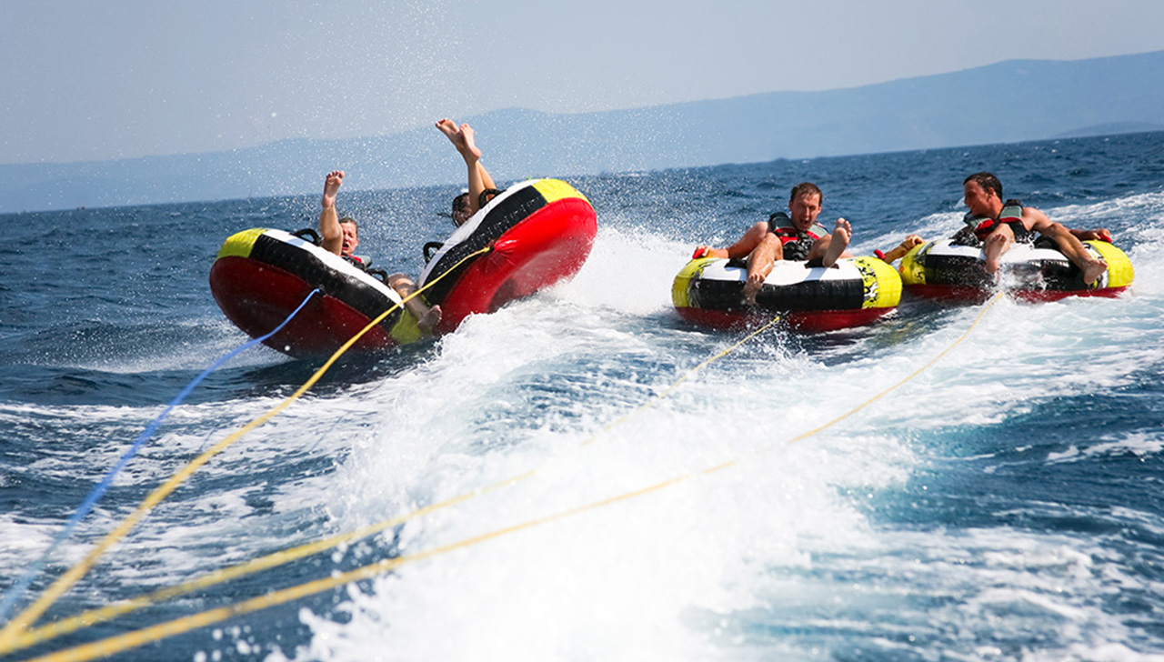 Las Vegas Water Sports - Lake Mead tubing